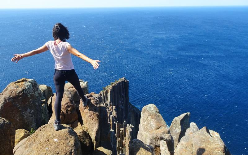 Punto panoramico con vista Cape Raoul nel percorso di trekking della Tasman Peninsula