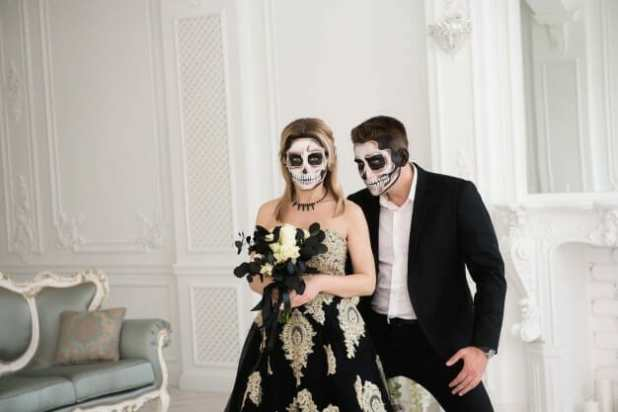 Best Tips to Celebrate Halloween at Home This Year
