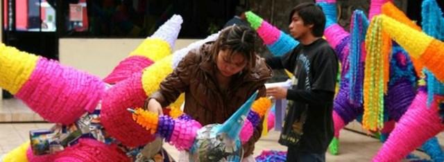 la piñata, tradicion mexicana