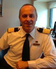 QM2 Hotel Manager - Robert Howie