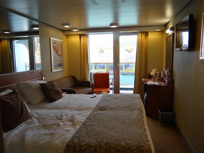 Holland America Line Nieuw Amsterdam Verandah Suite 8021