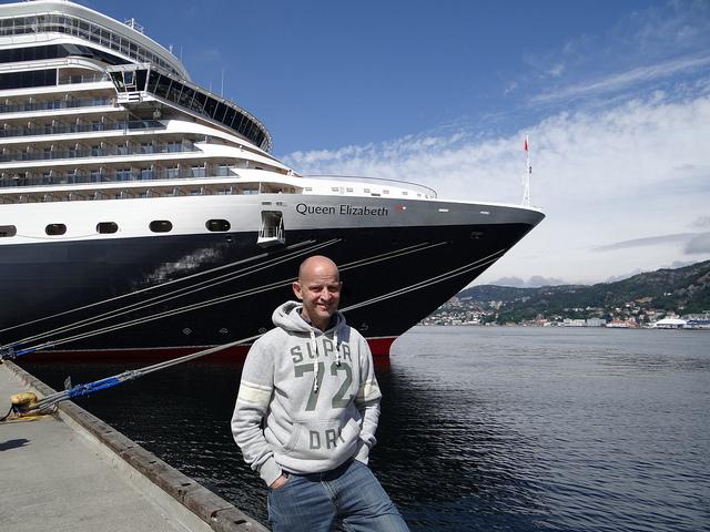 Cunard Queen Elizabeth Bergen