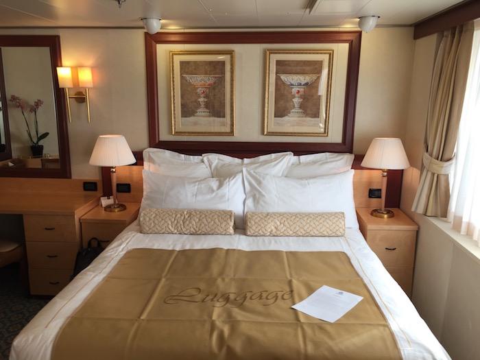 Cunard Queen Victoria Q4 7082 Suite