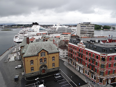The Old Town in Stavanger where Cruise Ships Dock https://www.tipsfortravellers.com