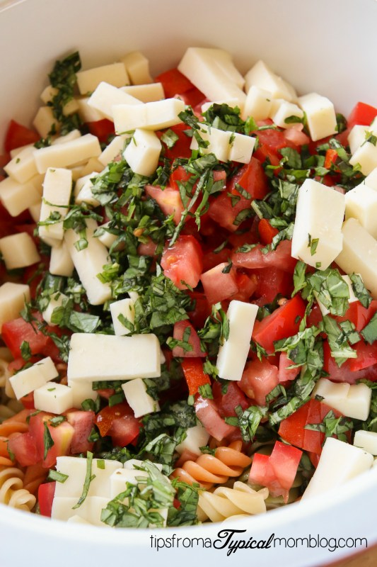 Light and Healthy Caprese Pasta Salad