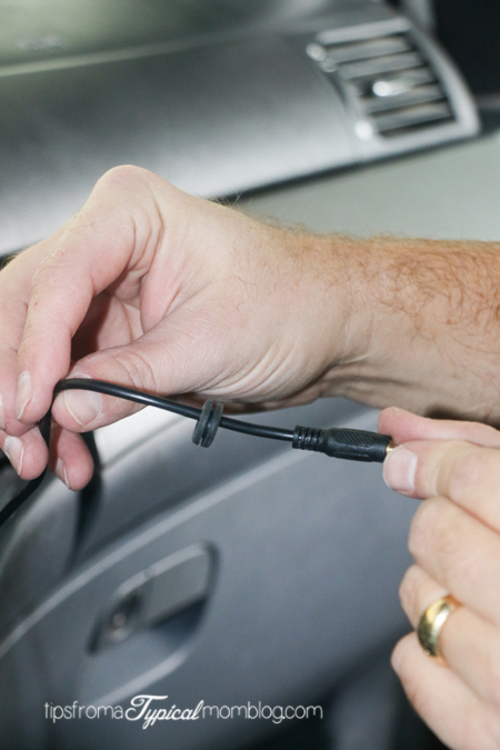How to Install an AUX Cable to your Honda Odyssey