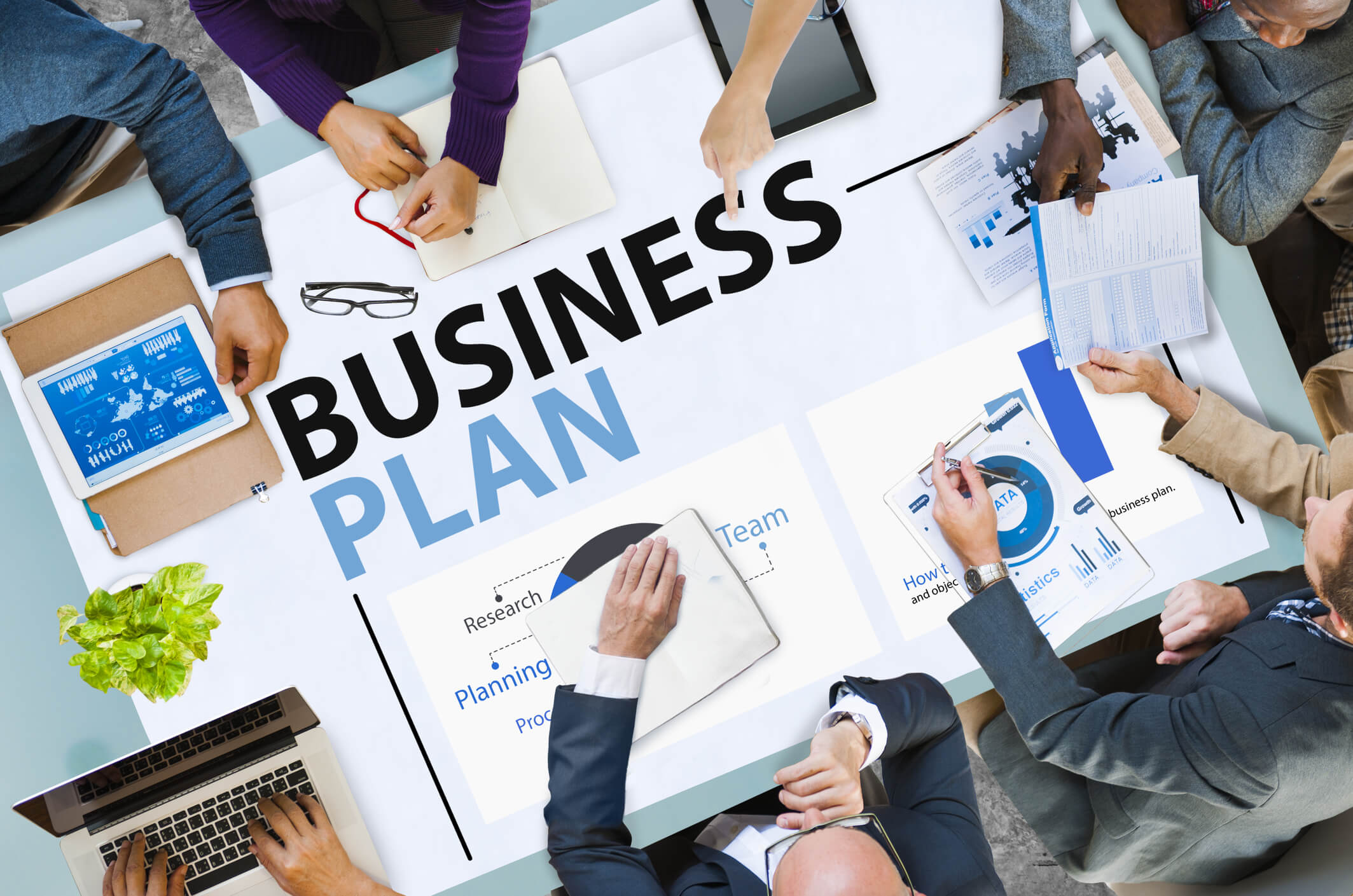 HERE'S WHY YOUR BUSINESS NEEDS A WEBSITE