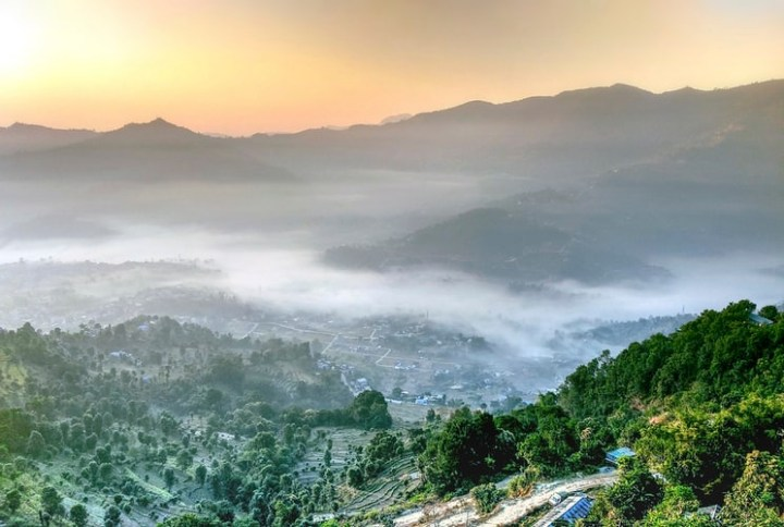 10 Mind-blowing Reason to Hire a Guide in The Himalayas