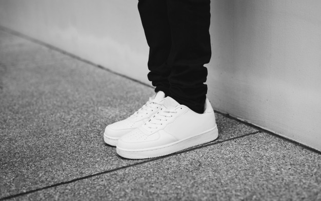 Men's Fashion: 20 Essential Items Every Man Should Own