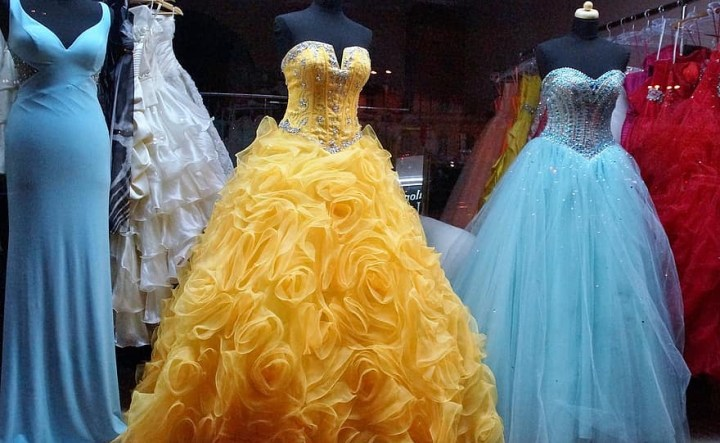 How to start a Dress Rental Business in Nepal?