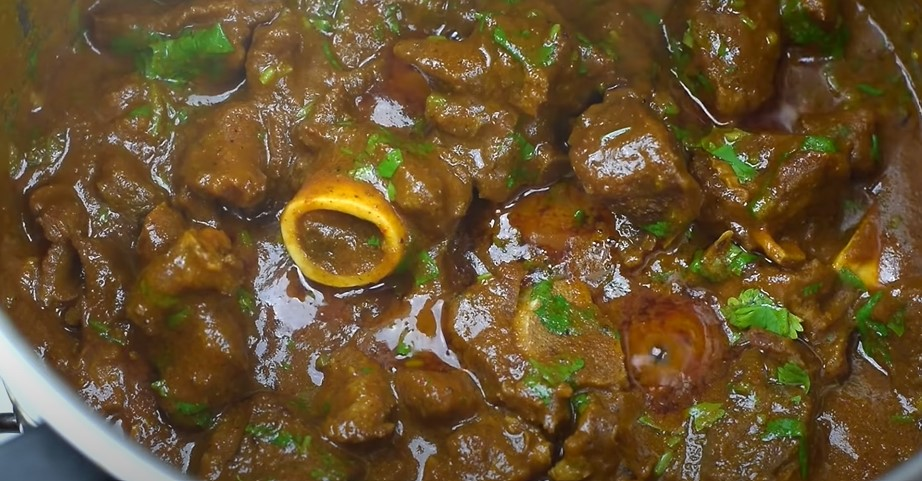 4-Step Recipe for Mutton Curry: The Spicy Delight