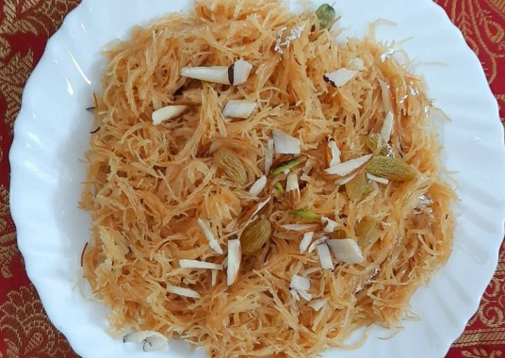 10 Commonly But Brilliant Foods in Dar khane din!