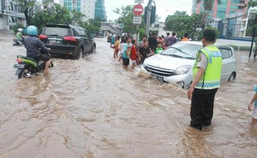 Terapi Mobil Setelah Terkena Banjir