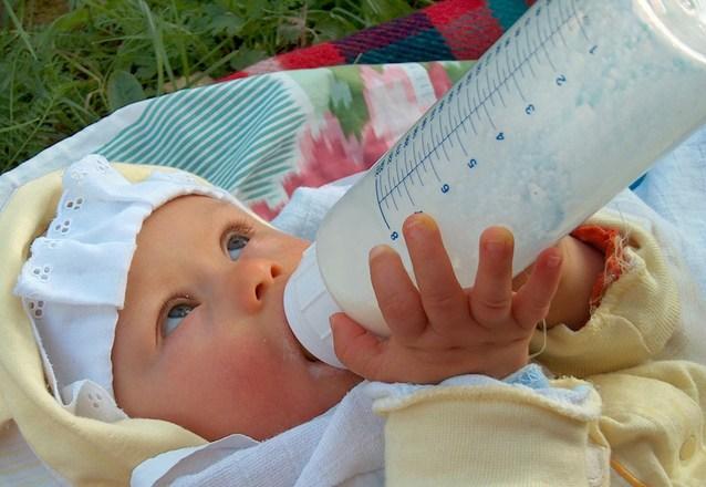 Kenali Kode Botol Susu Bayi Anda
