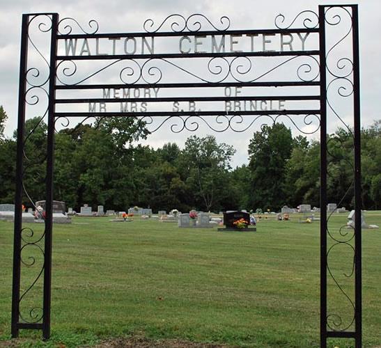 Walton Cemetery Entrance in Burlison Tennessee