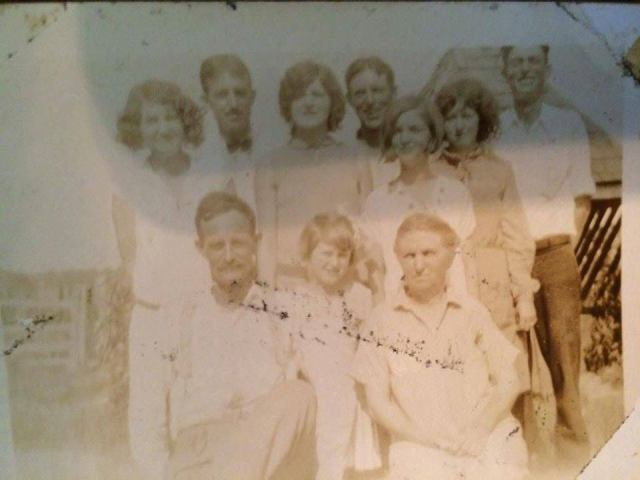 Jim Vera Minnie Mabel Audrey Lexie Edna Earl Floyd Morris Roy