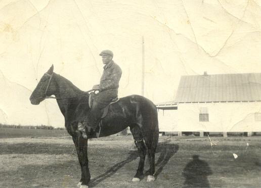 Nathaniel Cheer Harvey Maclin Sr on horse