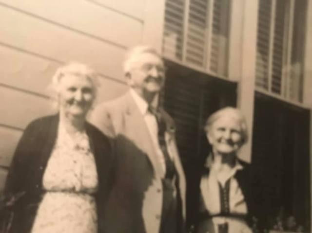 Siblings Minnie Freeman Faulk, Edward Freeman & Lola Freeman Clutts