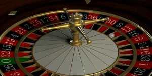 Il met tous ses gains au poker sur le noir à la roulette… a-t-il eu raison ?