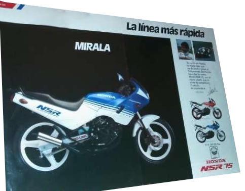 En la foto la portada del primer cátalogo de la Honda NSR