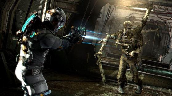 Una captura del personaje de Dead Space disparando su cortadora láser contra un necrófilo