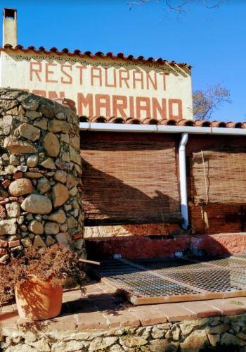 El letrero del restaurante Can Mariano en el Montseny