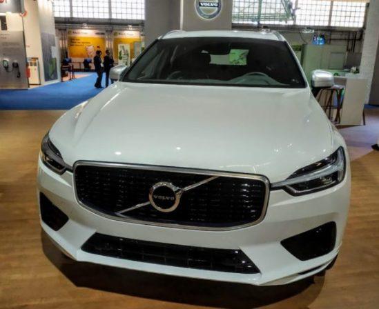 En la foto el frontal del Volvo X60
