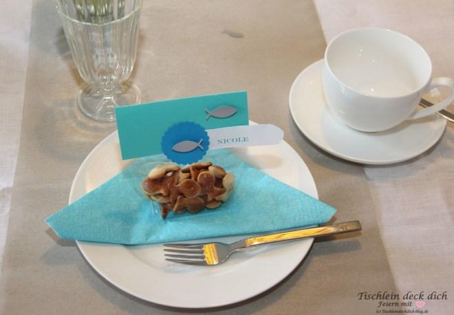 Kommunion Tischdeko fuer den Jungen mit Gastgeschenk