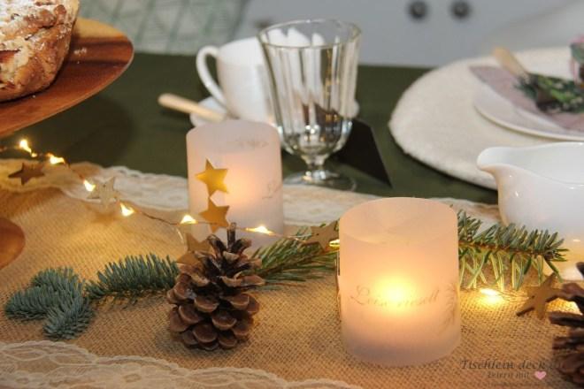 Tischdekoration-Weihnachtskaffee