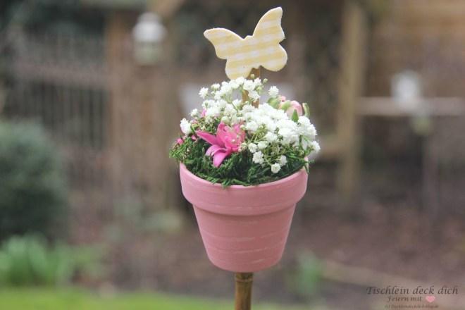 Gartenstecker-basteln-Fruehlingsdekoration
