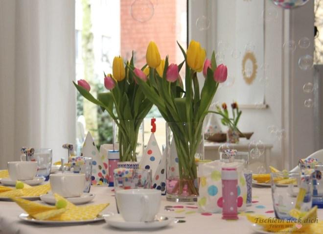 Tischdekoration für Karneval und zum Geburtstag