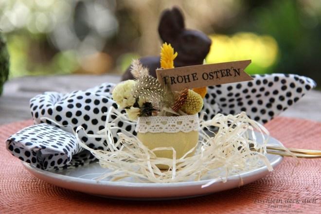 Tischdekoidee fuer Ostern