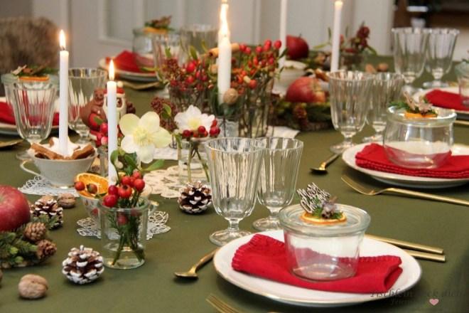 festliche weihnachtliche Tischdekoration, Vintage ist beliebt