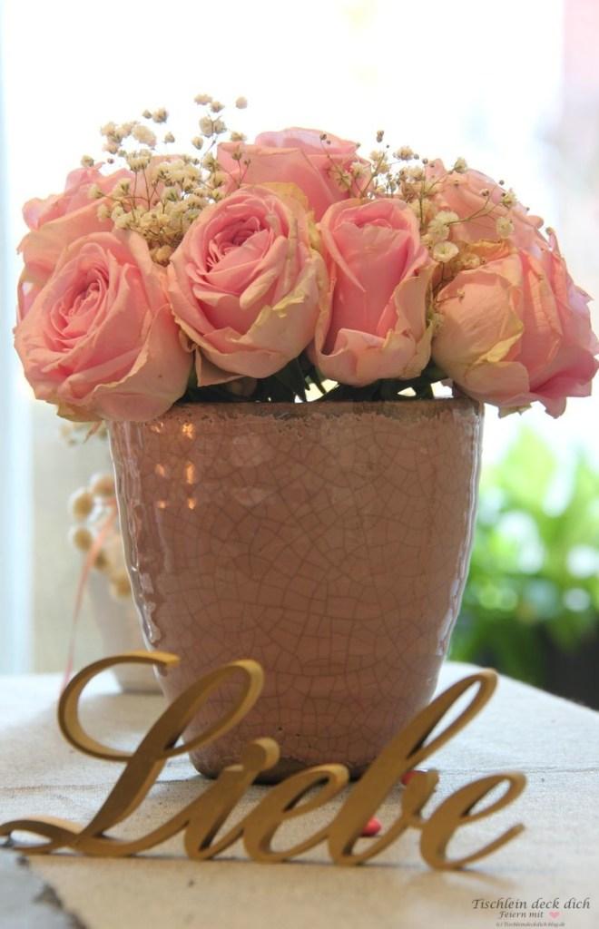 Rosendeko für den Valentinstag