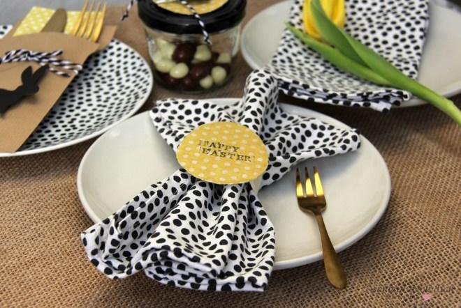 Tischdekoration für das Osterfest