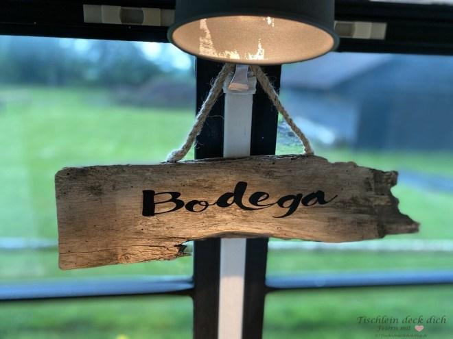 Bodega Schild aus alten Holz