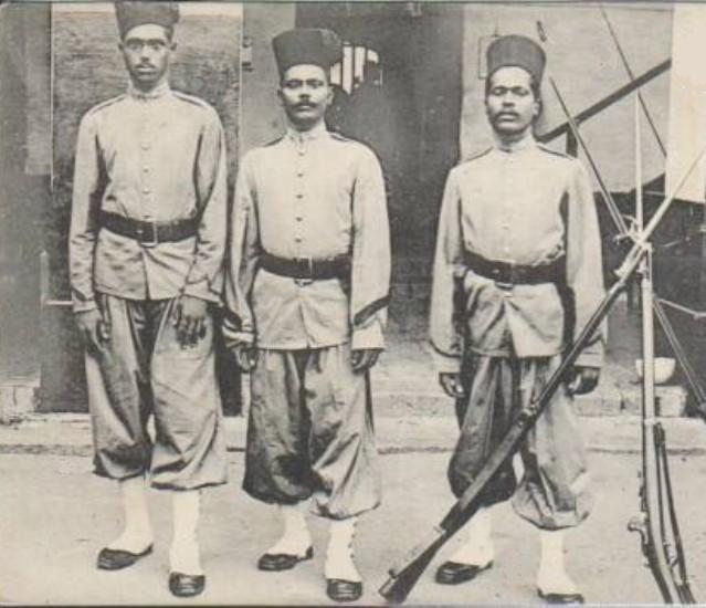 Cipayes à Pondicherry - 1905