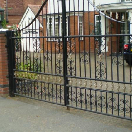 Londons Finest Wrought Iron Amp Metal Gates Titan Forge Ltd