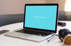 Macbook Laptop Mockup PSD