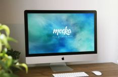 iMac On Desk PSD Mockup