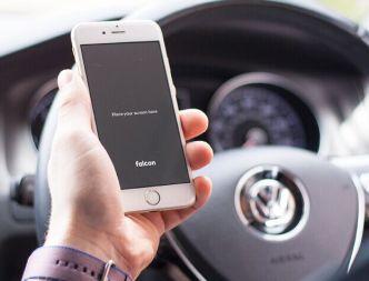 iPhone 6S In Car PSD Mockup