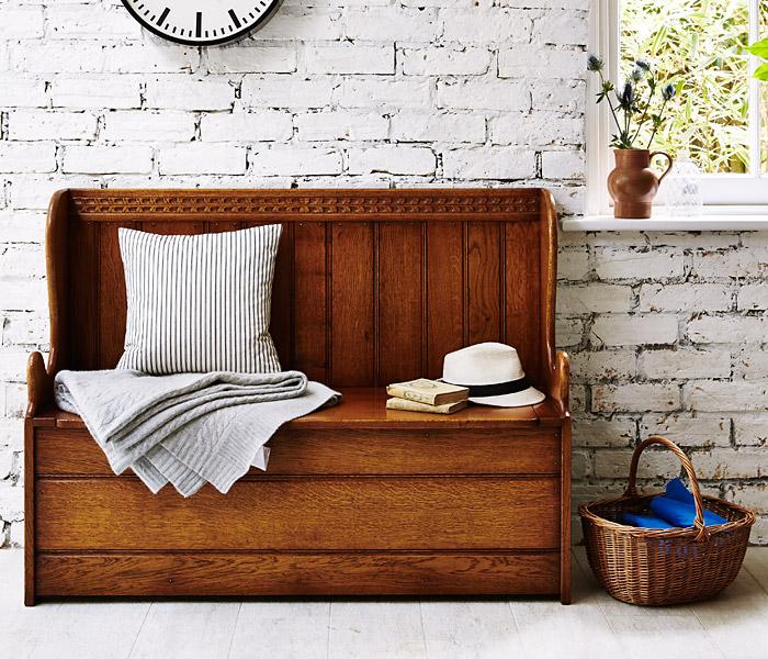 English Oak Box Settle Titchmarsh Amp Goodwin