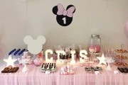 Mesa de dulce Minnie Mouse