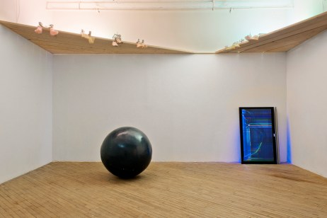 Timothy Belknap, Chum, Installation view. Courtesy of the Artist.