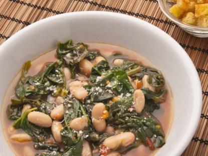 Zuppa-spinaci-e-fagioli-Cannellini1-640x480