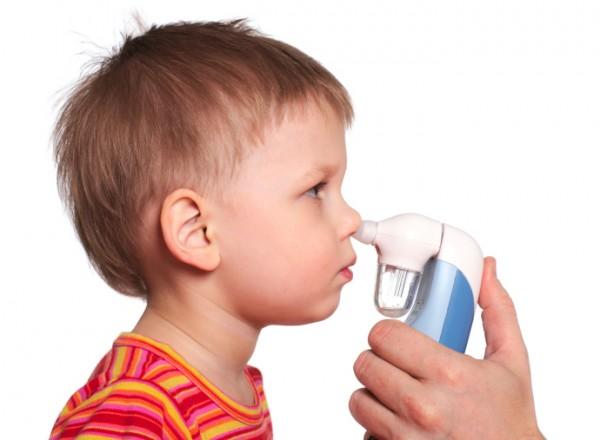 I lavaggi nasali: pro e contro di una pratica semplice e necessaria