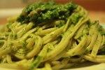 Spaghetti al pesto di bietole