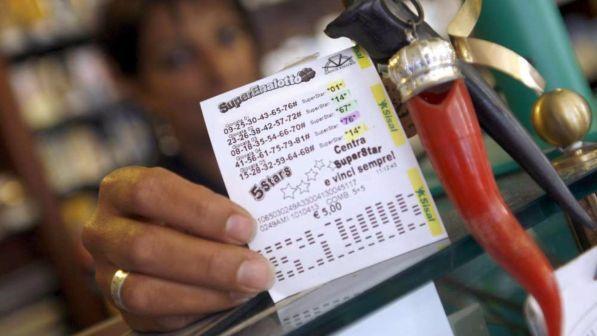 Lotto, 10 e Lotto e Superenalotto: estrazioni del 17 gennaio