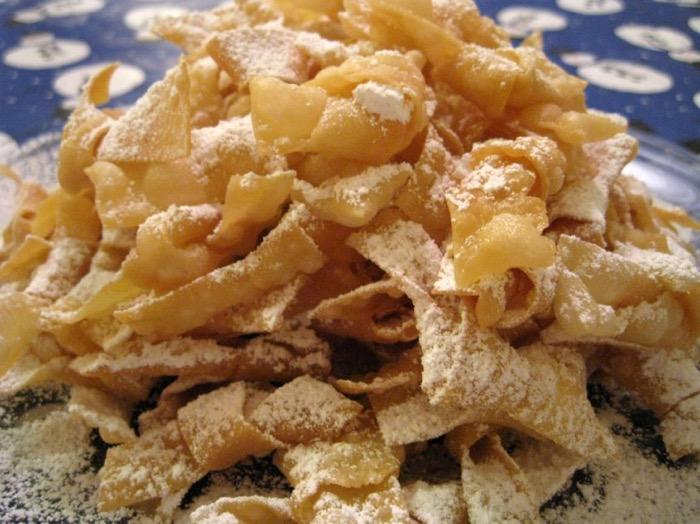 Nodi fritti di Carnevale