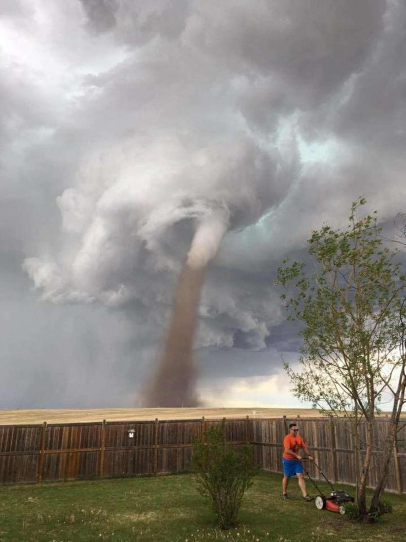 tornado-canada
